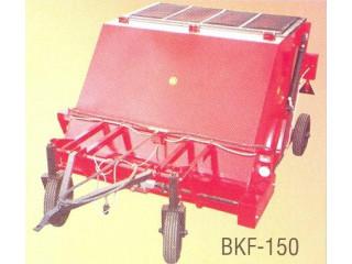 BKF-150 kaszálék felszedő